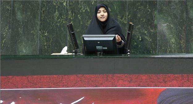 تذکر نماینده اصفهان به وزیر صنعت درباره مشکلات گمرکی فعالان بخش خصوصی