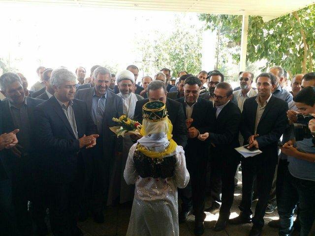 افتتاح یک مدرسه با حضور وزیر آموزش و پرورش در ایوانکی سمنان