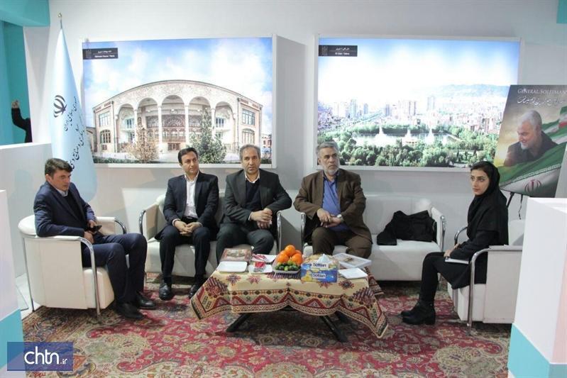 حضور سخنگوی شورای اسلامی کلان شهر تبریز در غرفه آذربایجان شرقی